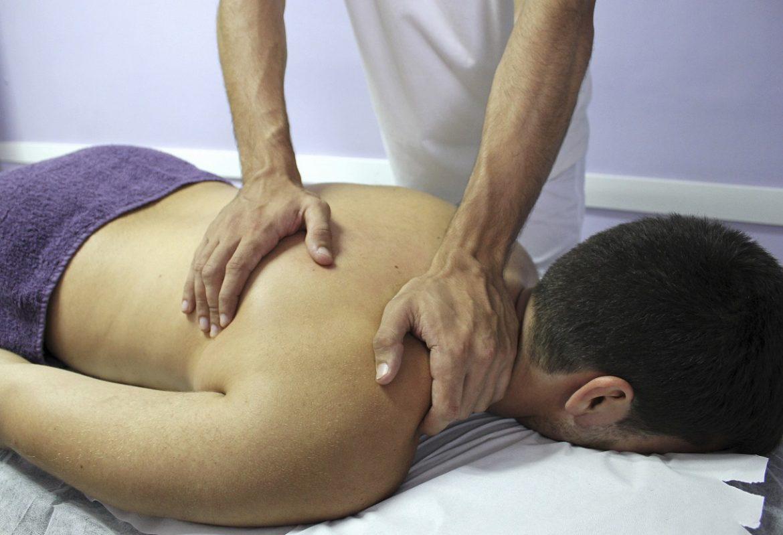 Constituer une brillante carrière en ostéopathie en suivant une formation adéquate